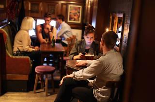 dove hackney pub