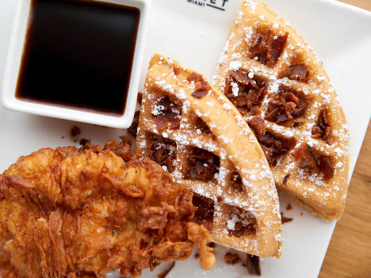 Bottomless brunch at Time Out Market Miami