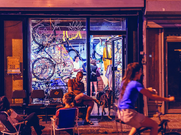 Vicious Cycle: The Best Two-in-One Bike and Coffee Shops in Tel Aviv