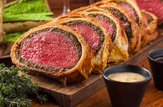Maze Grill Beef Wellington