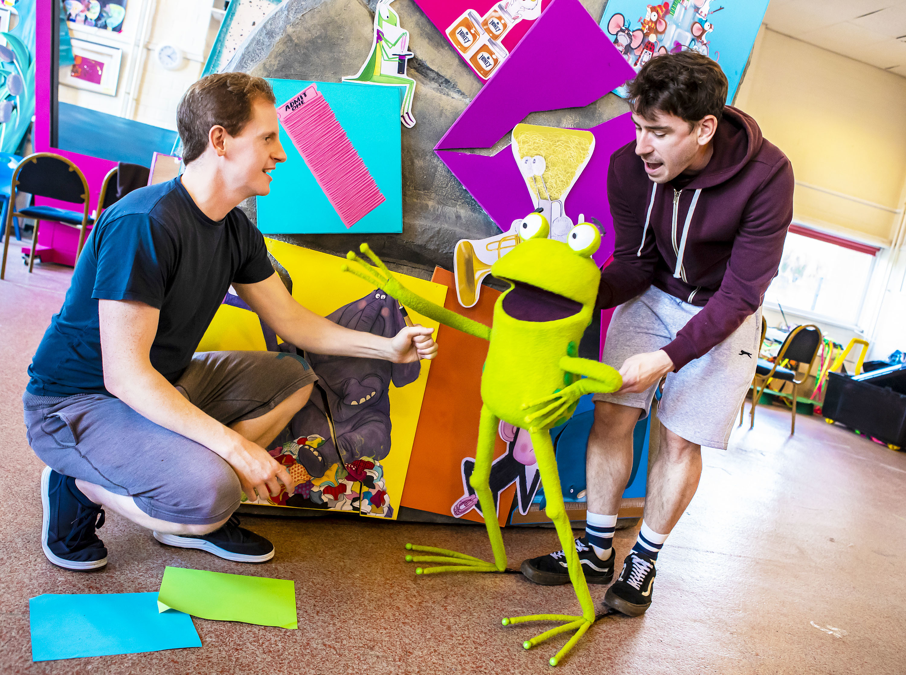 'Oi Frog & Friends!' at Lyric Theatre