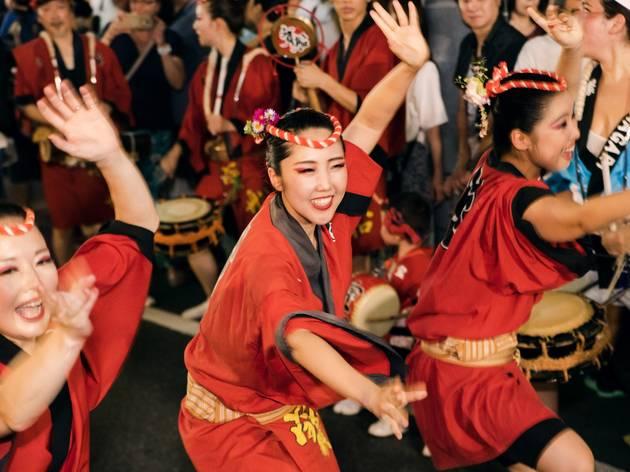 日本唯一のプロ阿波踊り連、寶船とは
