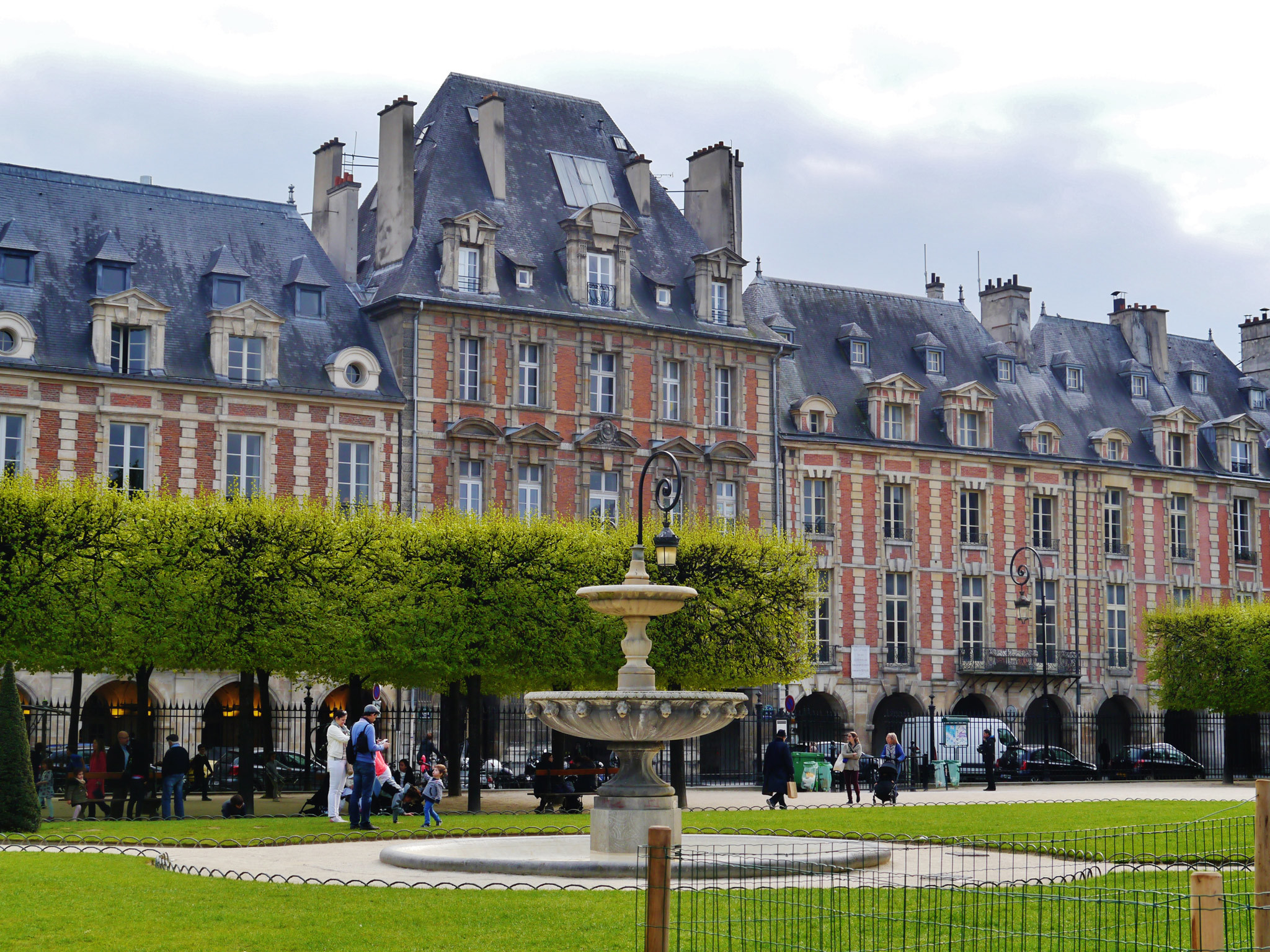 The park in the Place des Vosges in the Marais