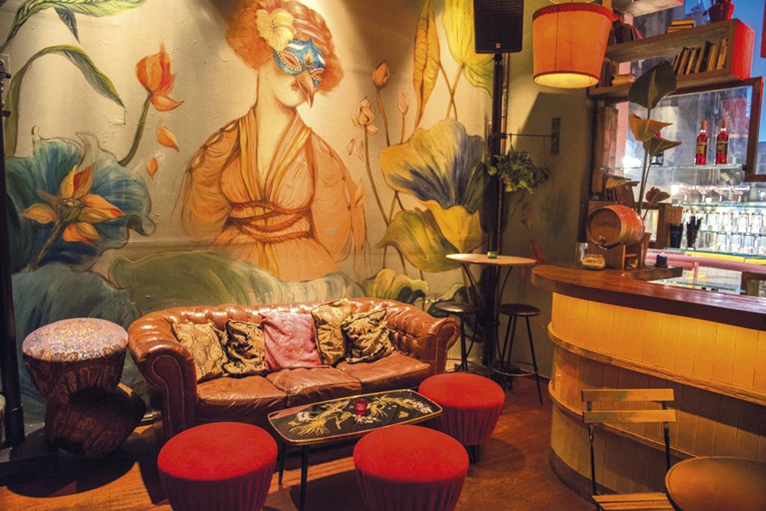 Guzzo Royal Café