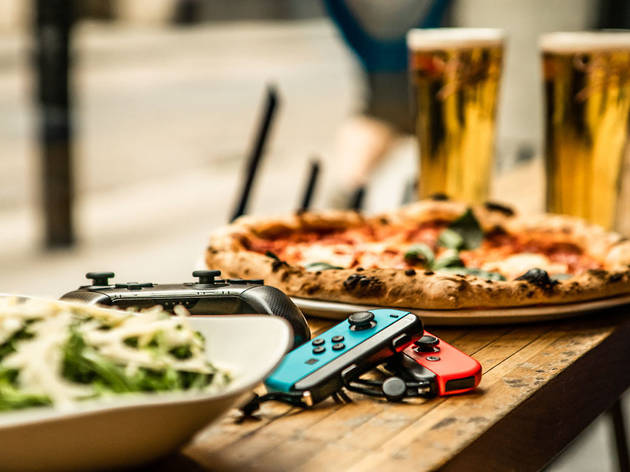 20% off pizza, bottomless drinks and games at Platform