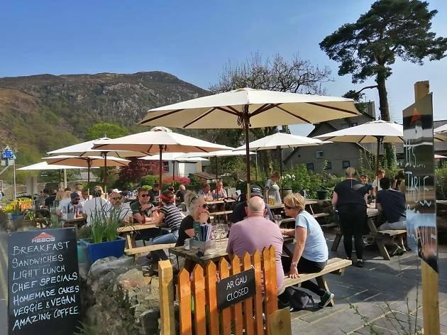 Hebbog Cafe, Wales