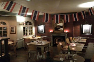 The Bell Inn - Hampton