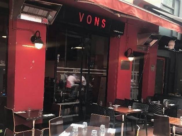 Vons Restaurant and Bar