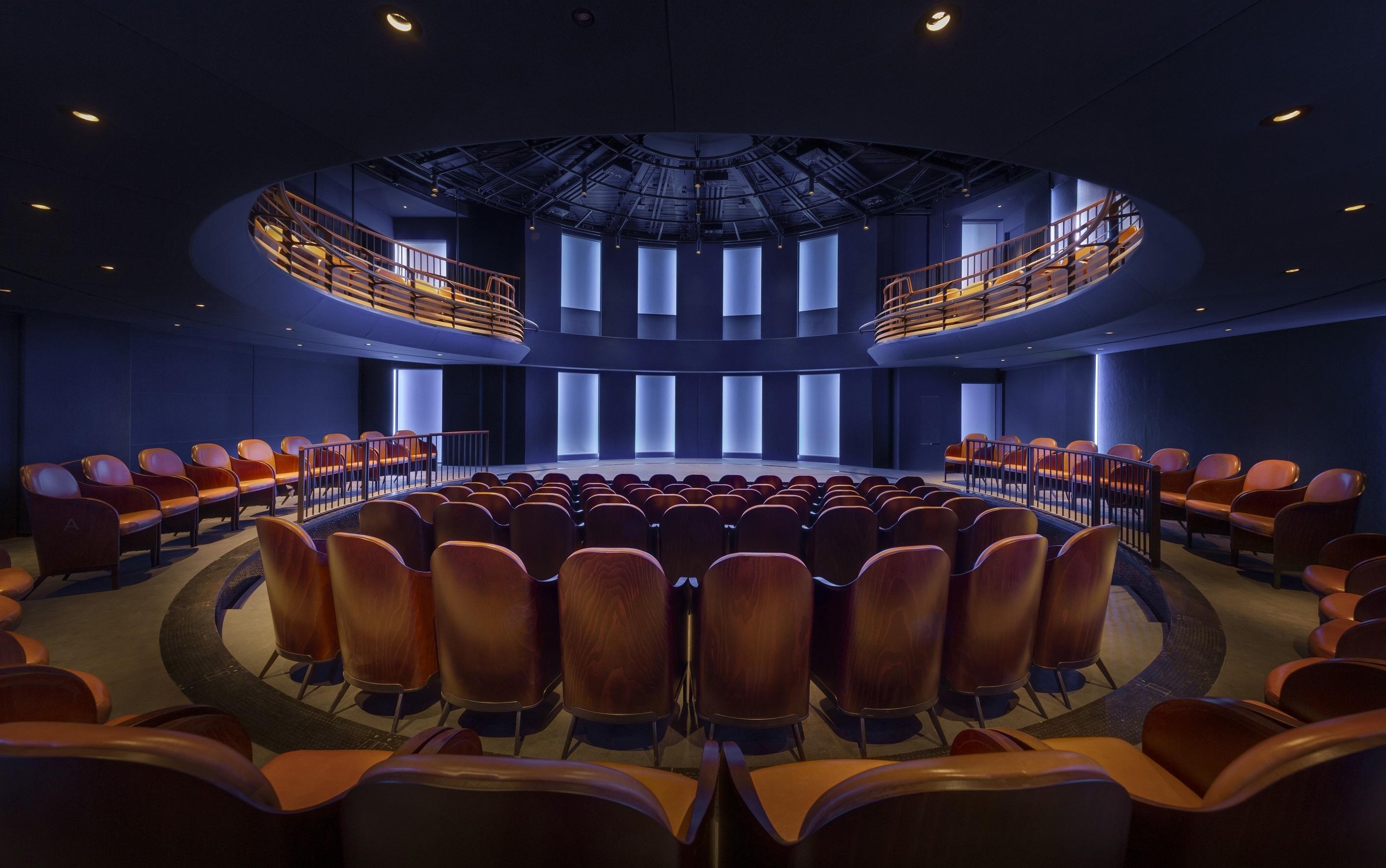 Boulevard Theatre, 2019