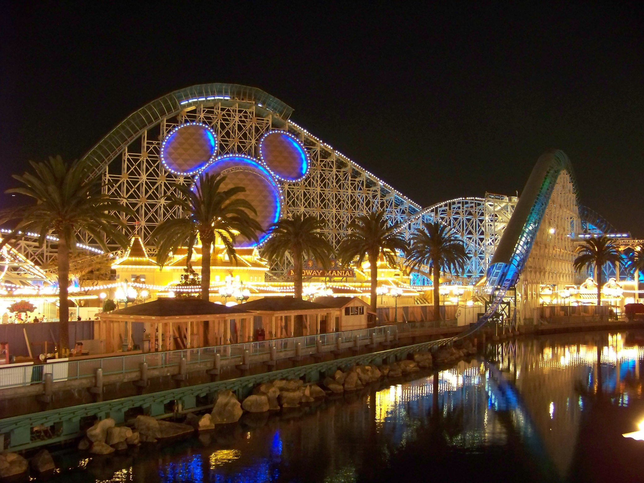 11 Best Amusement Parks In California For Thrill Seekers