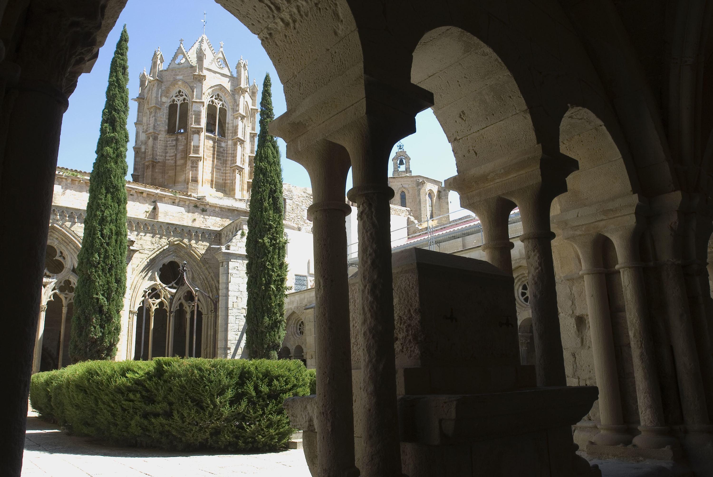 Claustre del Monestir de Vallbona de les Monges. L'Urgell