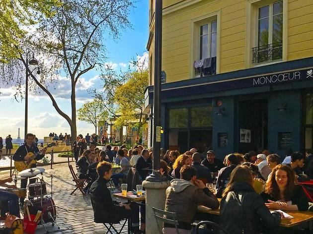 Entendu dans la rue : les perles que nous avons entendues à Paris ce mois-ci