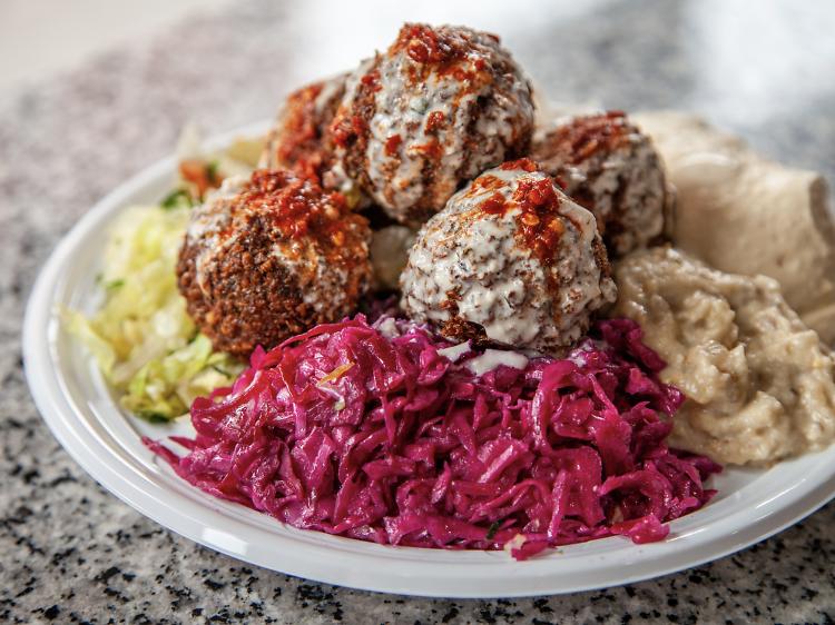 The $4.50 falafel at Oasis