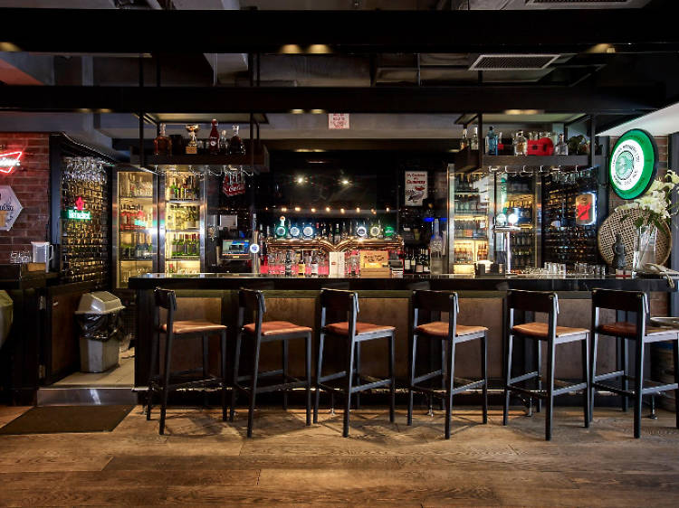 Forbes 36 Sports Bar & Grill