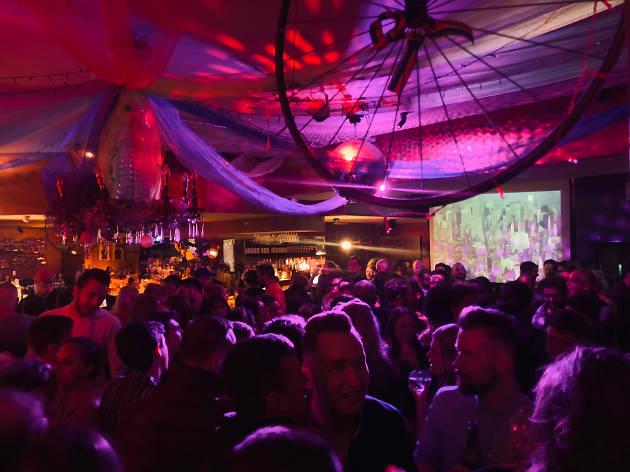 A crowd inside Street 66 in Dublin