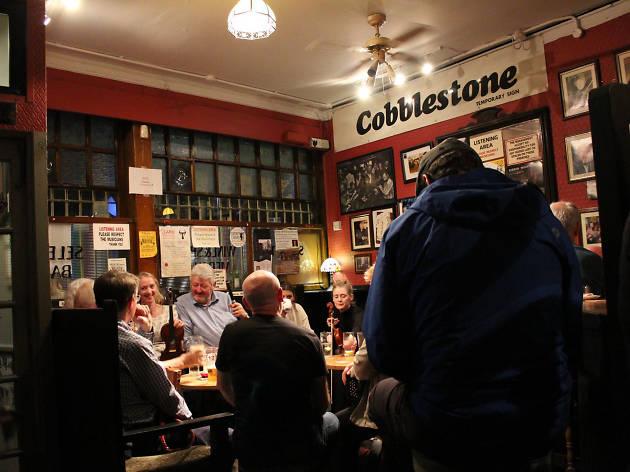 Live music at The Cobblestone in Dublin
