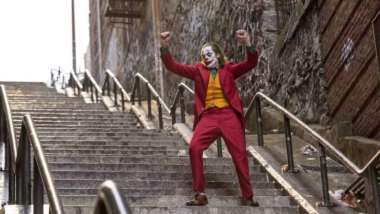 映画「ジョーカー」のあの階段は実存する? ステップを踏みにブロンクスへ
