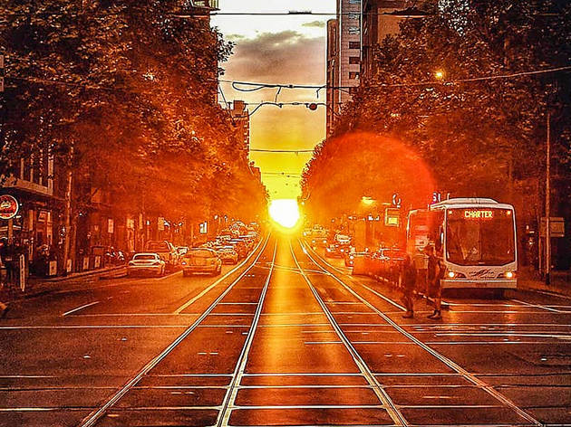 Melbhenge, Sun setting Melbourne Hoddle Grid
