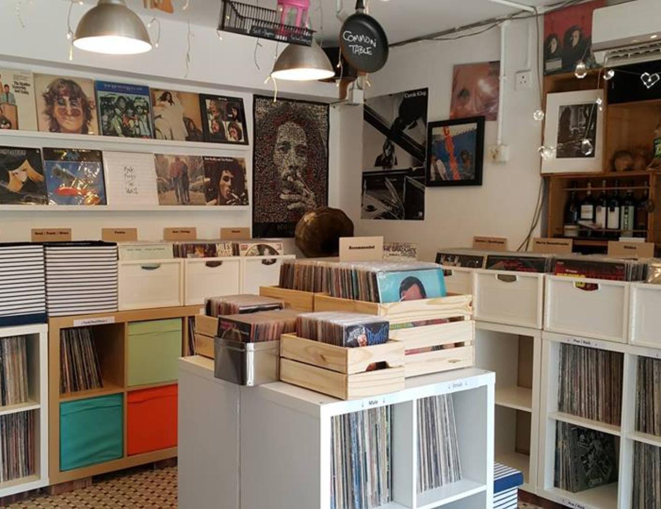 lamma vinyl