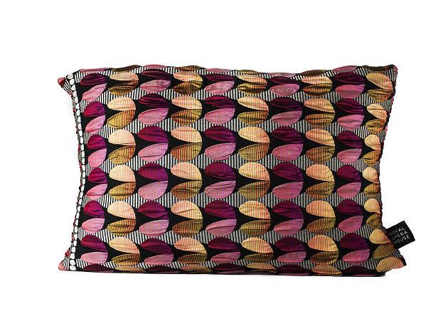 Carmen cushion