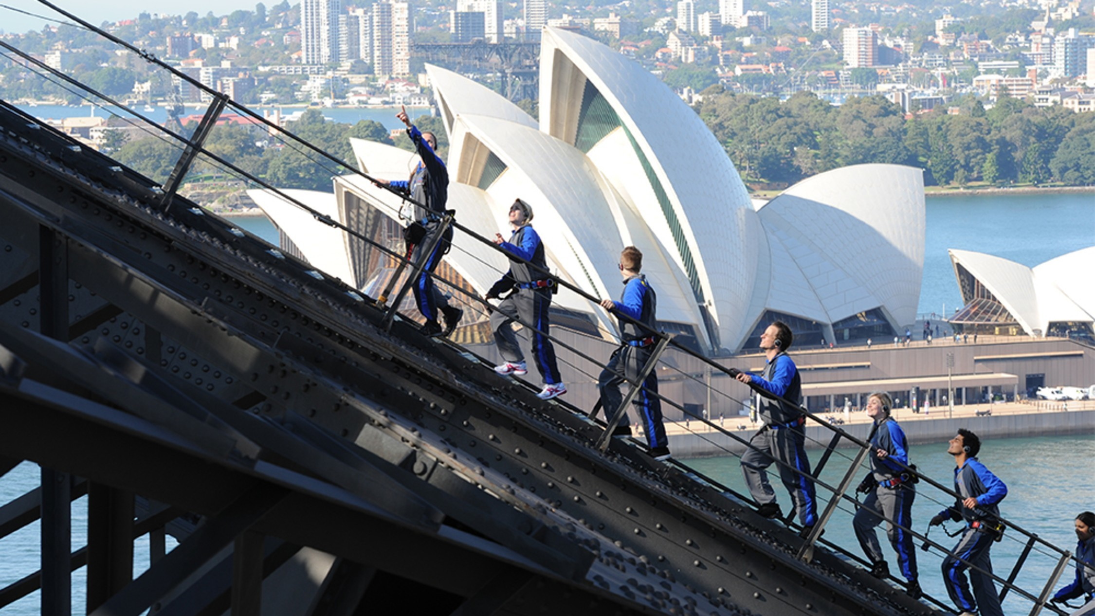 People scaling the Harbour Bridge on the BridgeClimb