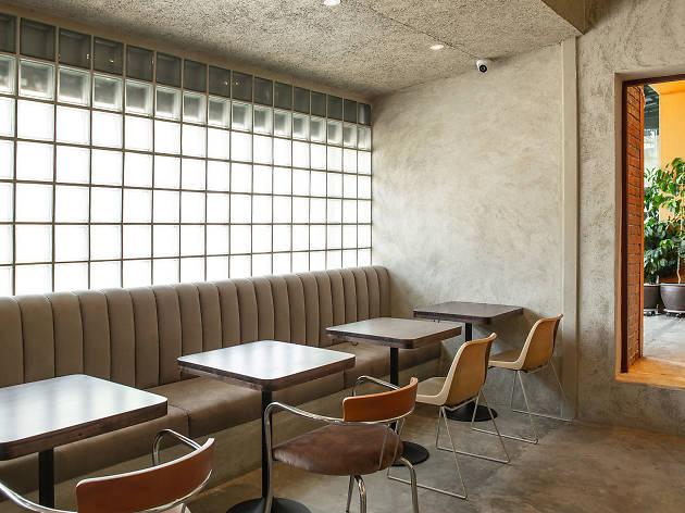 OOOBkk ร้านกาแฟที่คิดใหม่ทำใหม่ให้ทุกคนเข้ามาได้โดยไม่รู้สึกเคอะเขิน