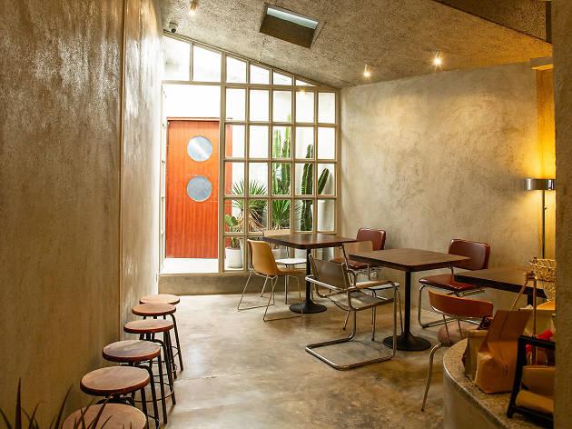 OOOBkk | Restaurants in Wang Thonglang, Bangkok