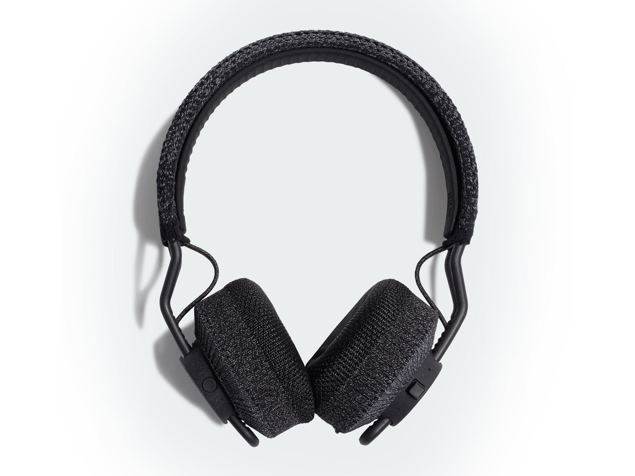 RPT-01 sport on-ear headphones