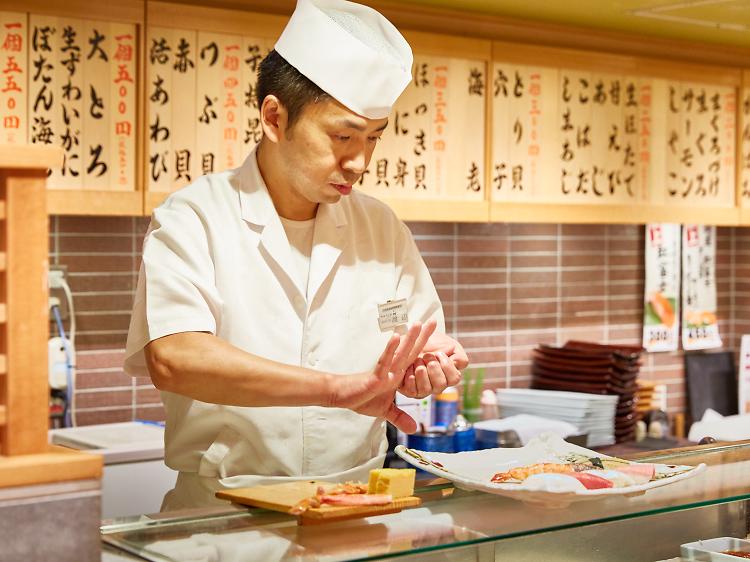 最高の駅寿司を楽しむ。