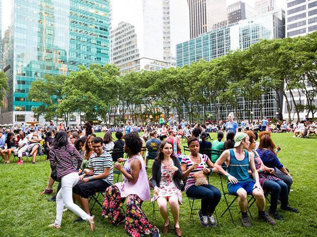 Dança das cadeiras em Bryant Park