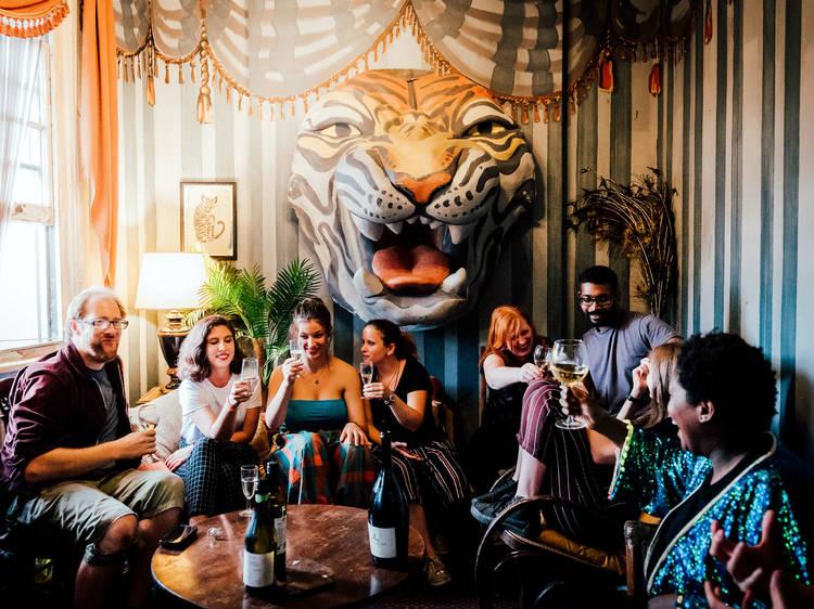 Uma festa num palácio