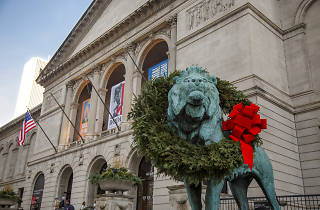 Art Institute Lions wreath