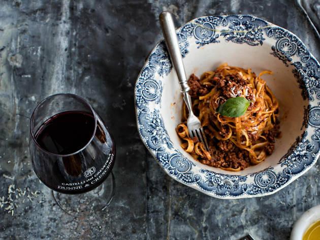 A spaghetti dish at Dunne & Crescenzi