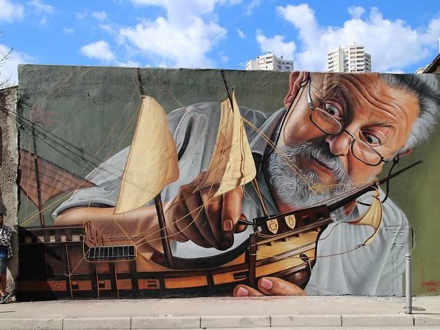 Street Art: 'Nitpicking' by Lonac