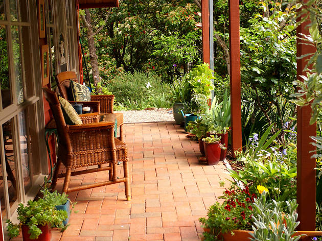 ArtScape Cottage | Travel in Beechworth, Melbourne