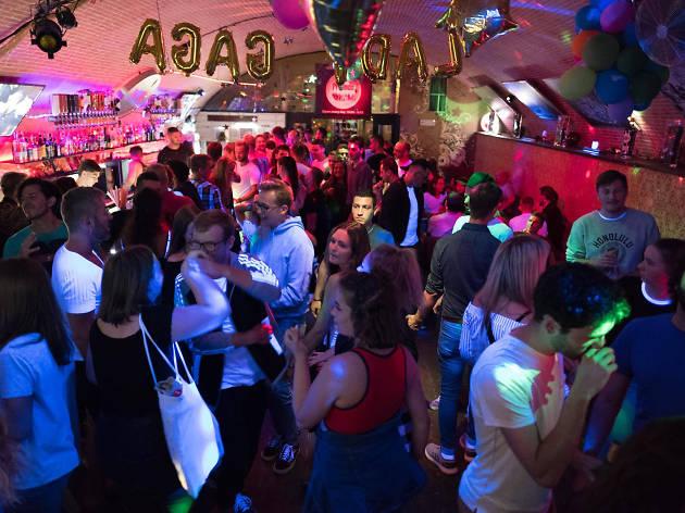 Friends club in Prague