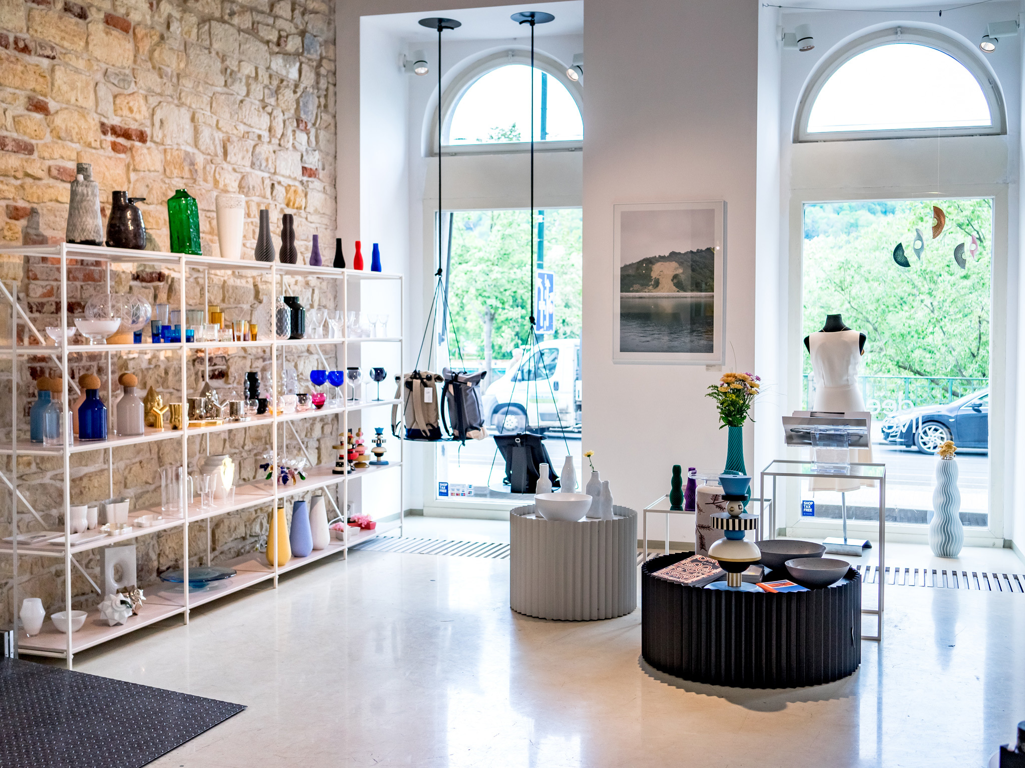 The interior of Deelive Designs in Prague