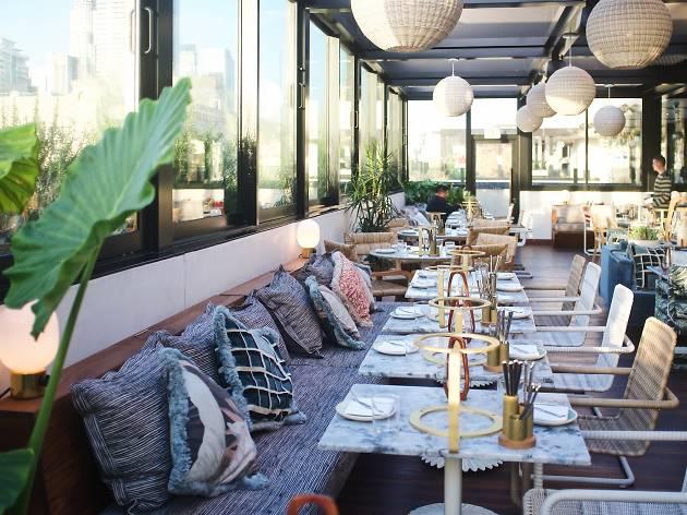 Hoxton Hotel rooftop restaurant DTLA Pilot Los Angeles