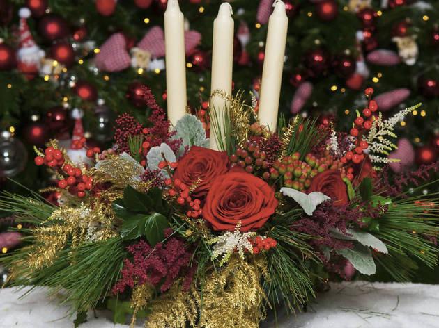 Moyses Stevens Christmas flowers