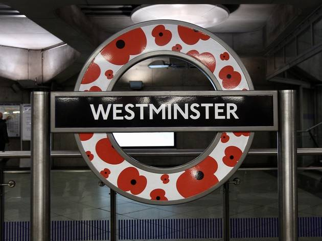 TfL has decorated these tube roundels with poppies