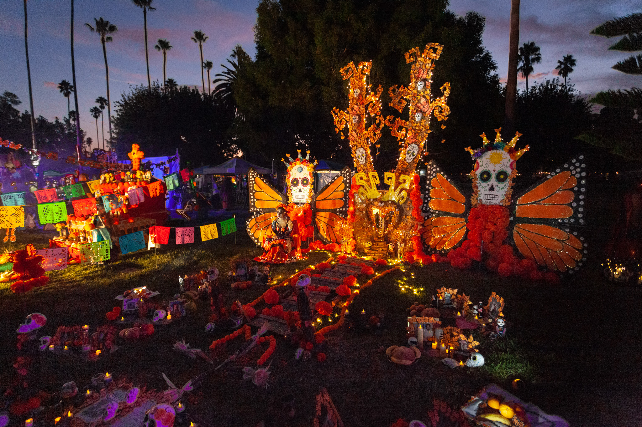 The most astounding altars and costumes from Day of the Dead at Hollywood Forever 2019