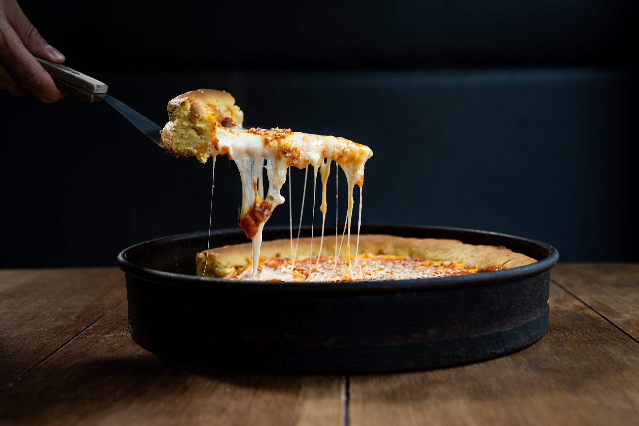 Homeslice Pizza: pizza deep dish y New York desde la Del Valle