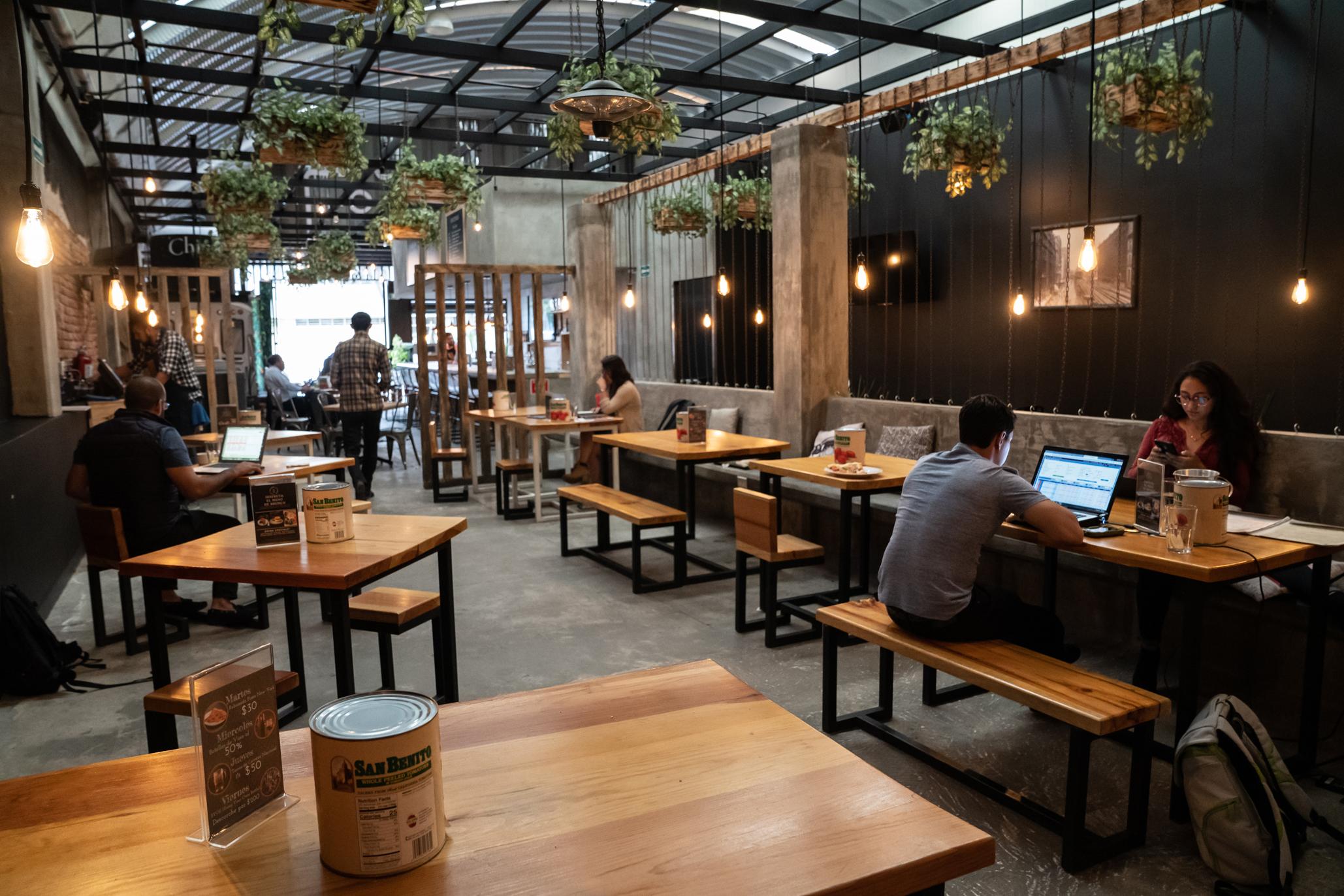 Restaurantes y cafés en la Del Valle