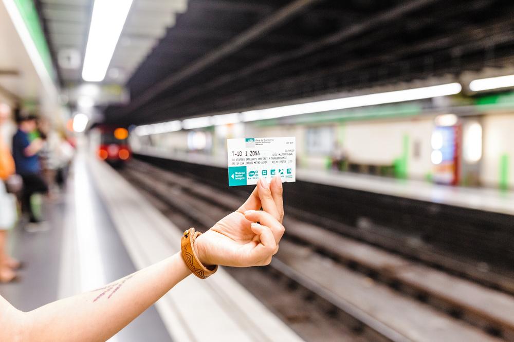 Ja podeu comprar bitllets de metro per mitjà del web de TMB