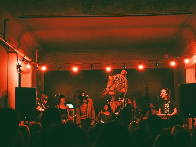Documentário sobre mulheres no rock inspira festival no Sabotage