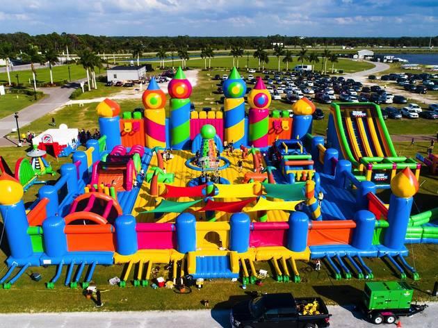 (Photograph: Sarasota Experience/Big Bounce Australia)