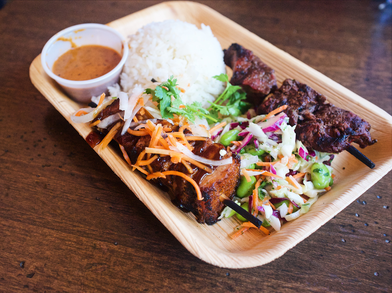 Best Disneyland food Adventureland Bengal Barbecue