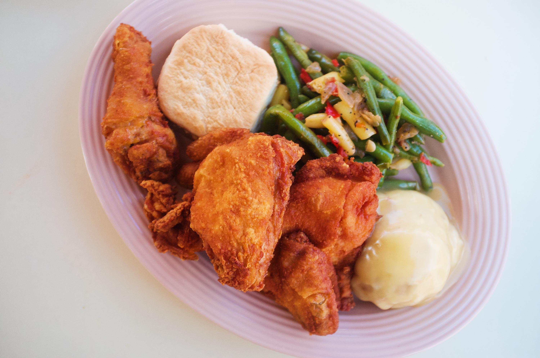 Disneyland Best Food fried chicken Plaza Inn