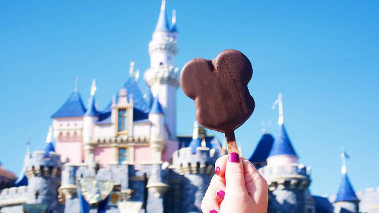 Best food at Disneyland guide Anaheim