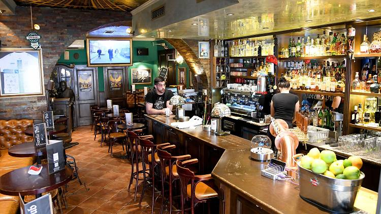 Fiorello Pub